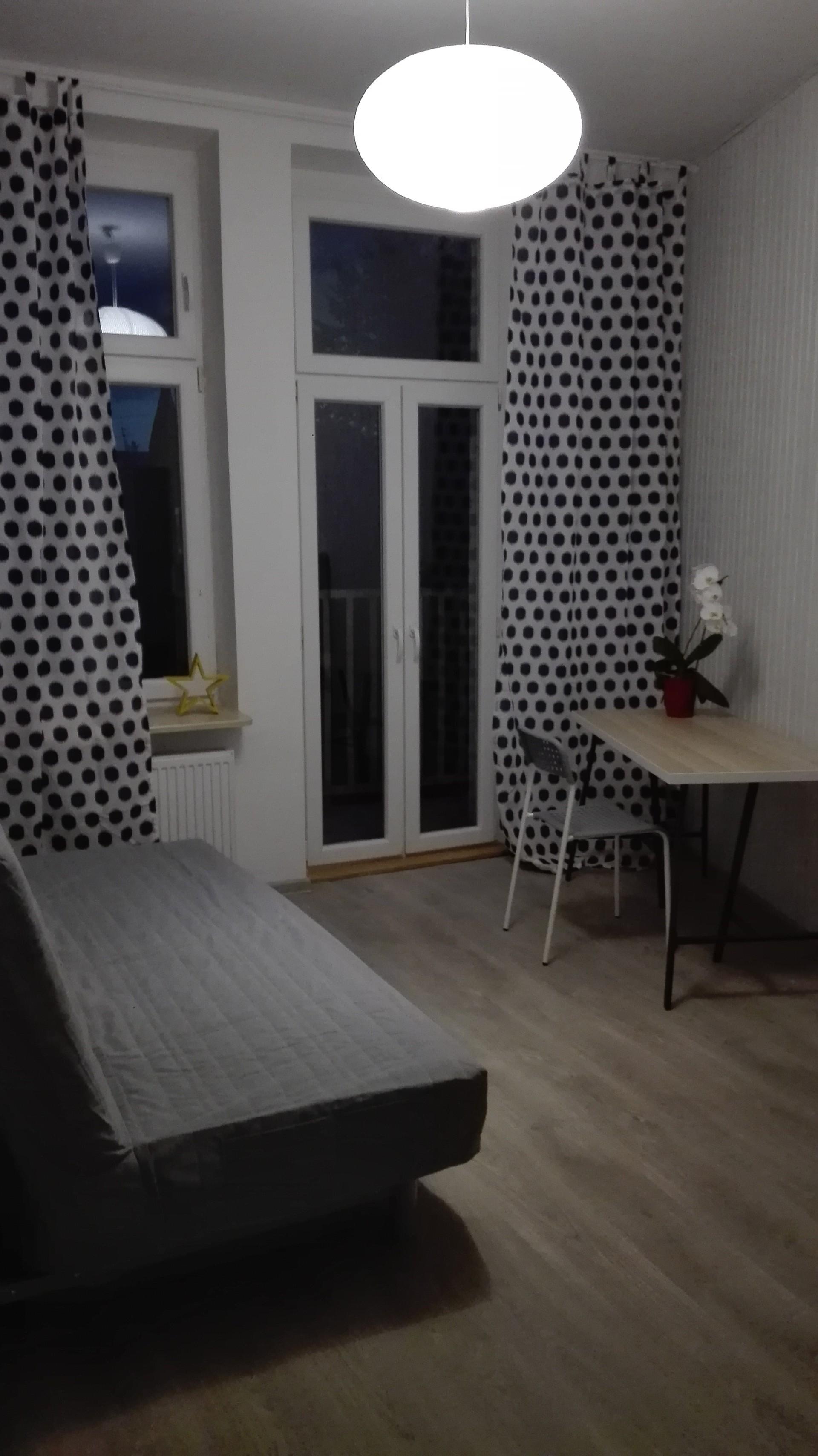 Słoneczny pokój z balkonem w centrum Gdańska Wrzeszcza