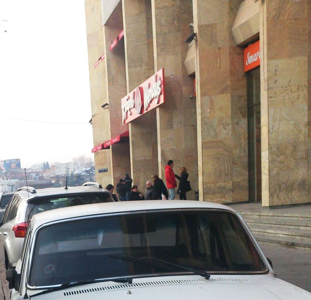 smart-supermarket-cafe-just-need-408e2c9