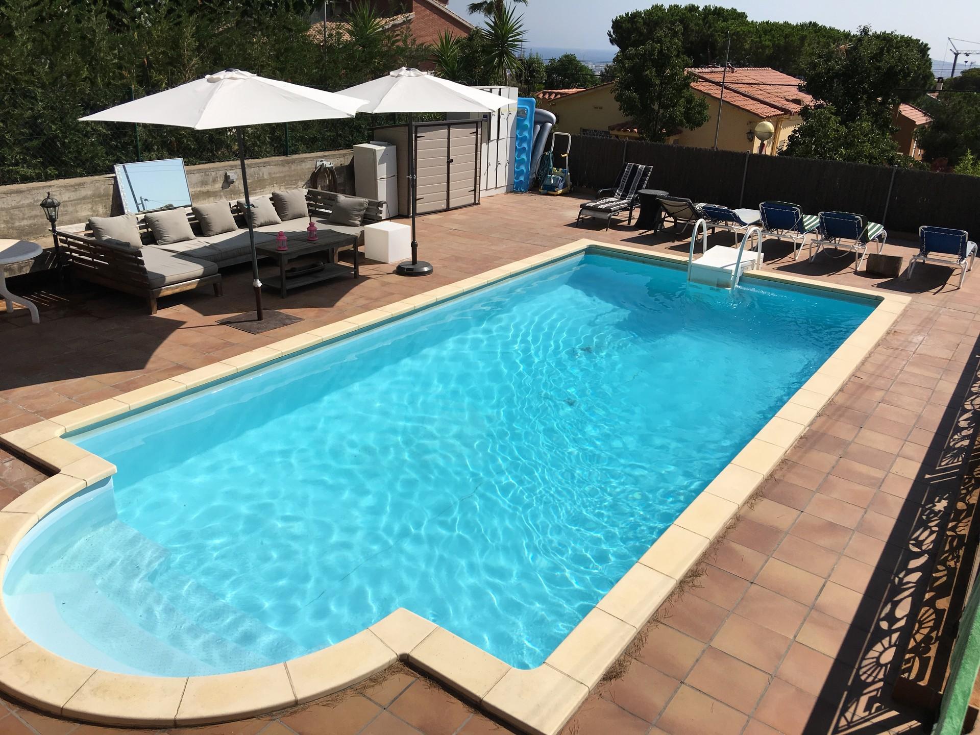 piscina ja soleada habitacin en casa bien equipada increbles vistas