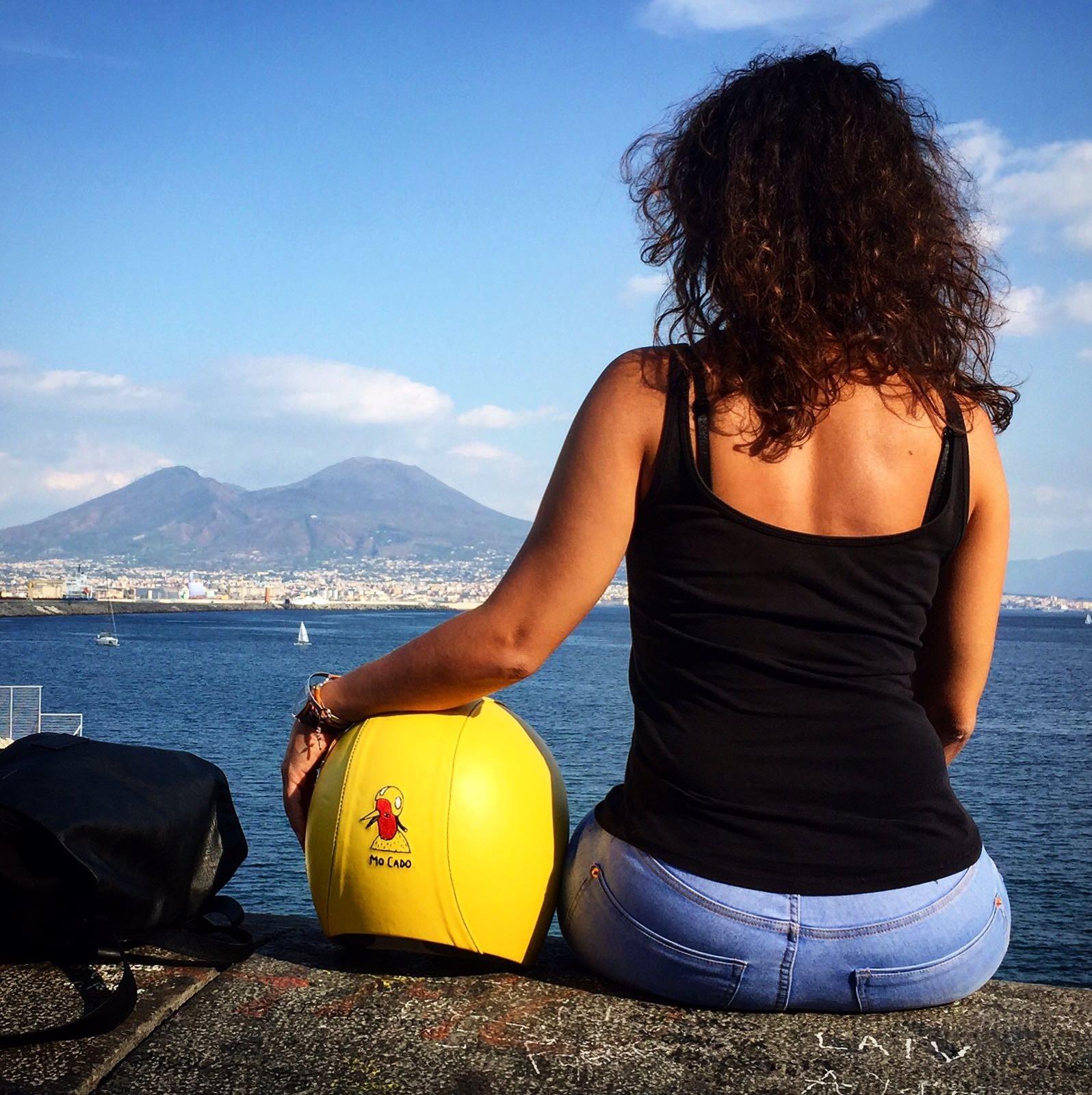 Spacer brzegiem morza w Neapolu