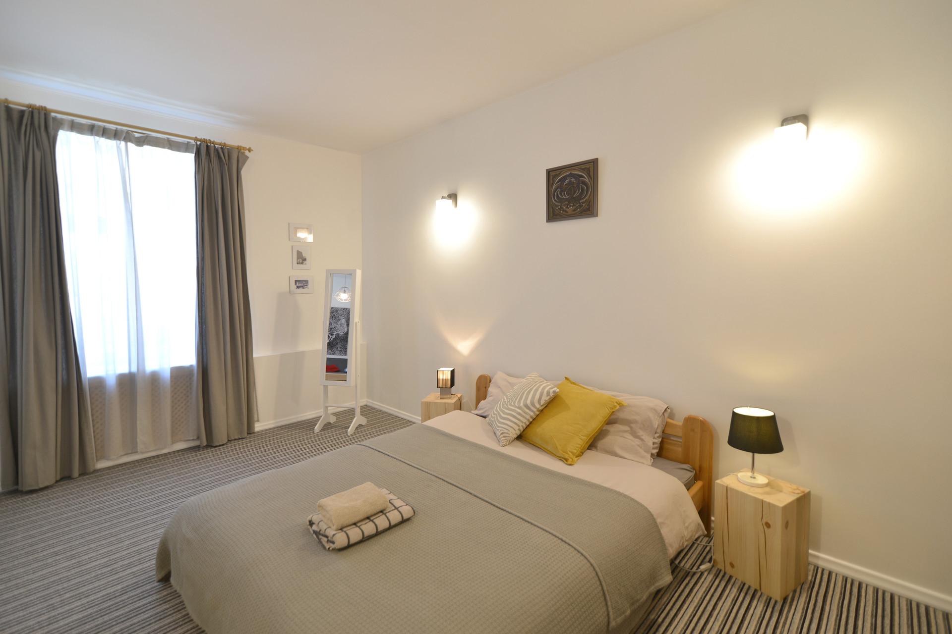 Spacious 2 room apartment in Central Riga | Flat rent Riga
