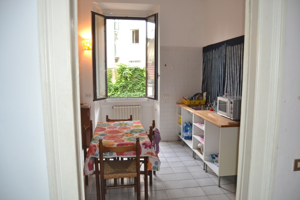 Spacious 3 Bedroom Apartment Near Bocconi All Utilities Included Flat Rent Milan