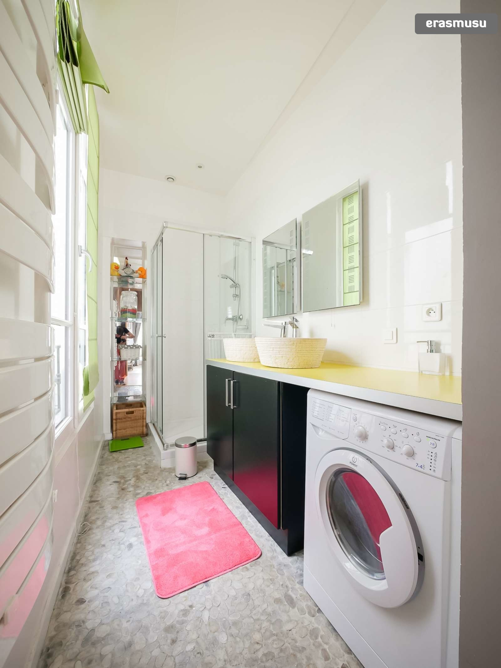 spacious-2-bedroom-apartment-rent-cordeliers-3b514d917645fa172c1