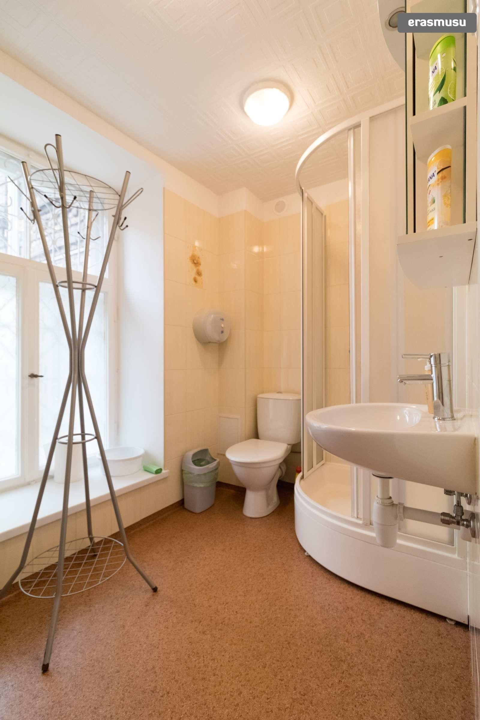 spacious-3-bedroom-apartment-rent-avoti-d53e3be8299bd461c10881fa