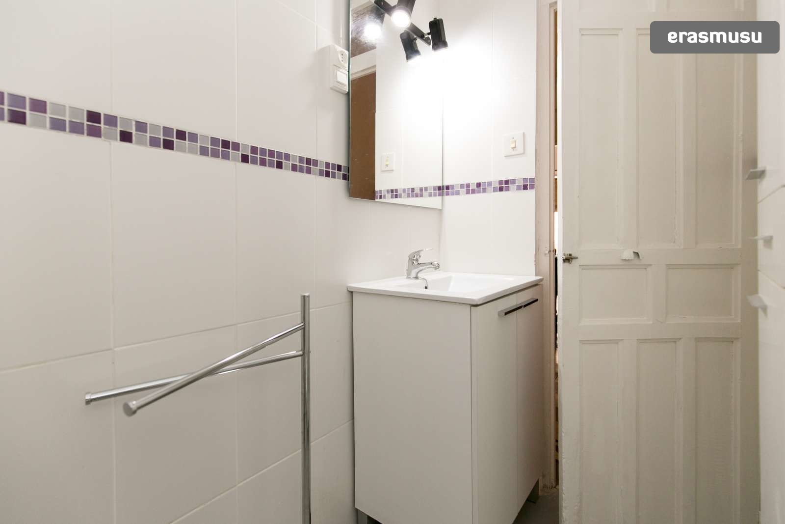 spacious-3-bedroom-apartment-rent-realejo-7004af1aea2e6a6e790e3e