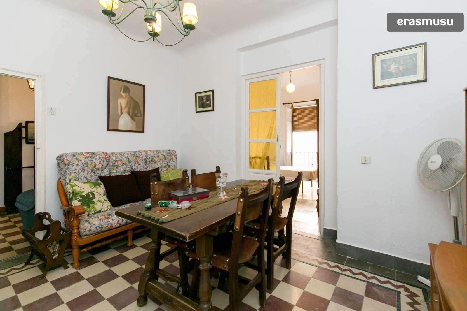 spacious-3-bedroom-apartment-rent-realejo-888d181294517c78ffeac1