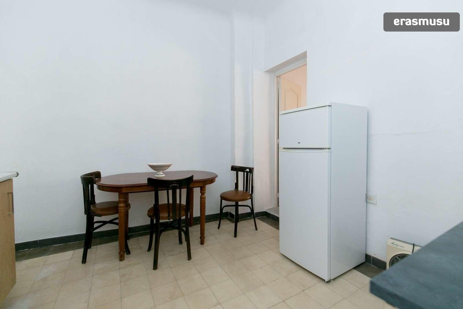spacious-3-bedroom-apartment-rent-realejo-a6ad532fd4824a3889800d