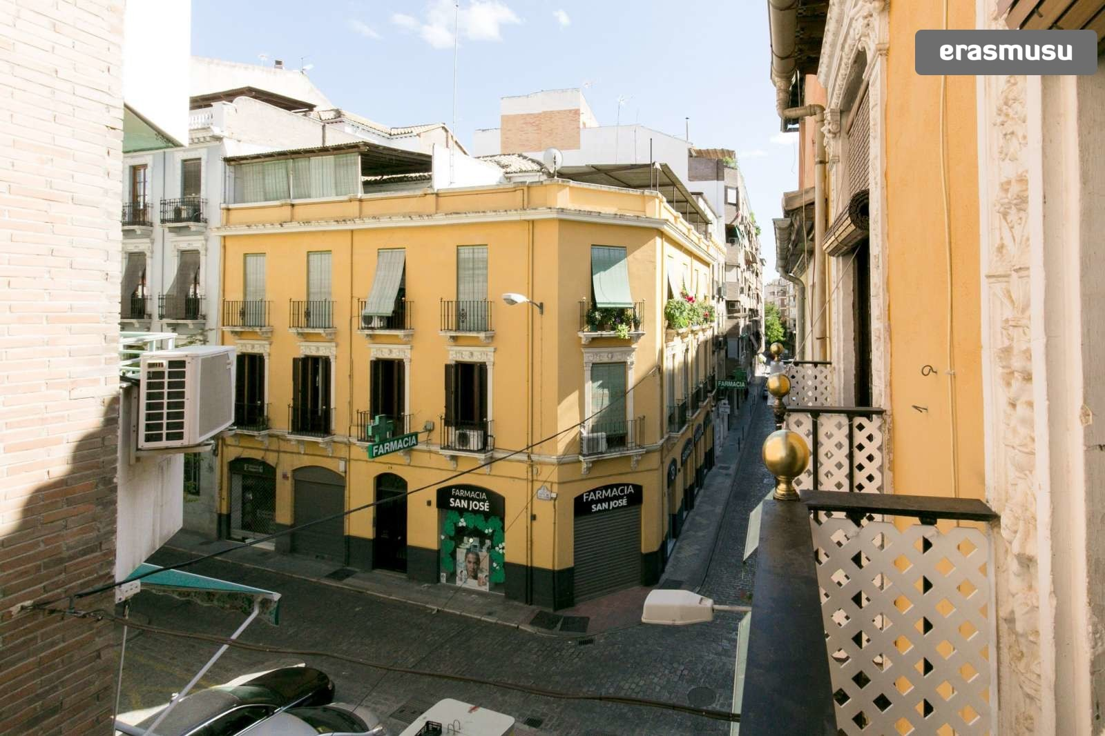 spacious-3-bedroom-apartment-rent-realejo-ea34f241e2bebfa47e4875