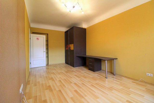 spacious-apartment-center-riga-306e16a2448de0382f5be4a08ca08f46