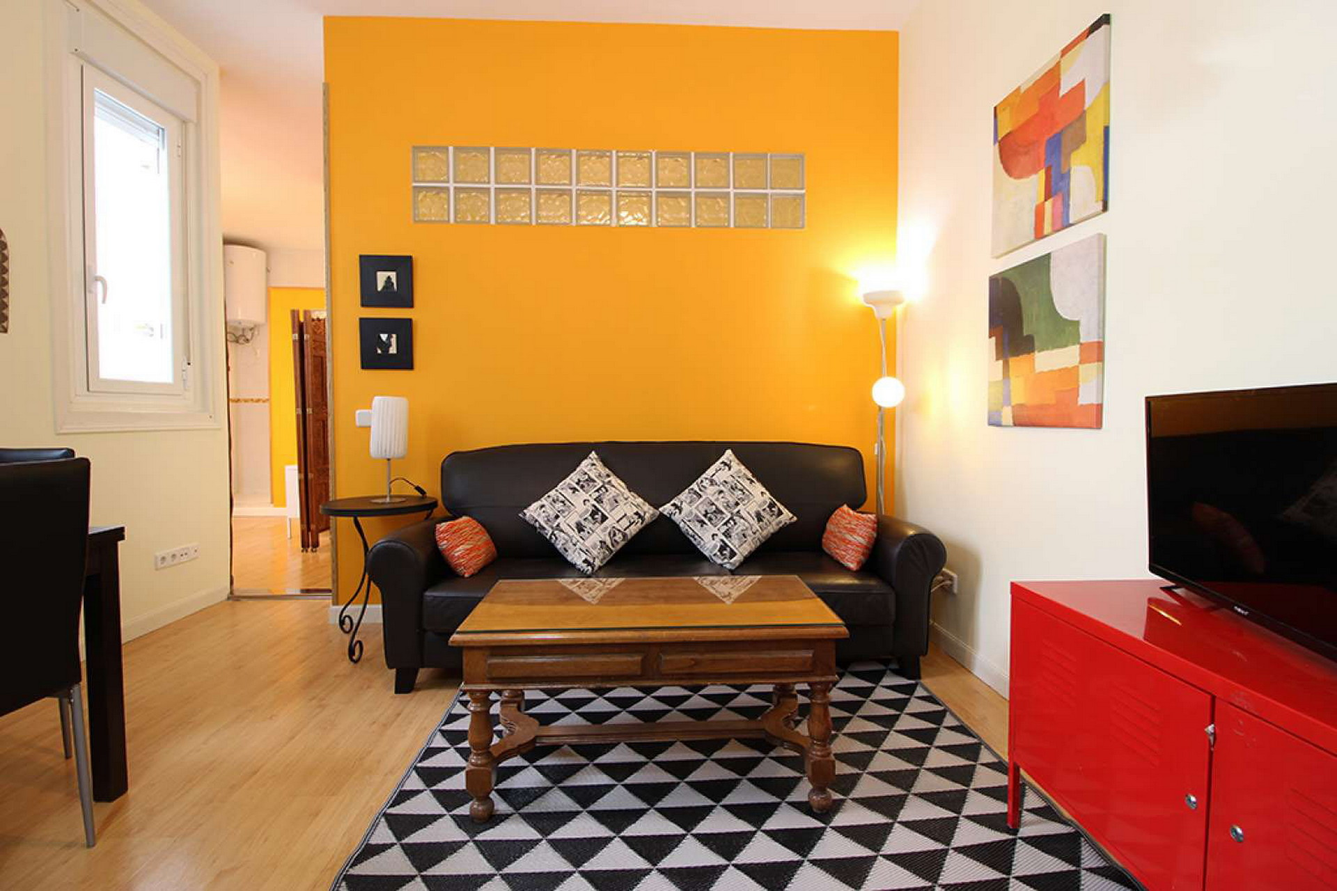 Spacious apartment Plaza de España-Gran Via-Malasaña ALL BILLS INCLUDED