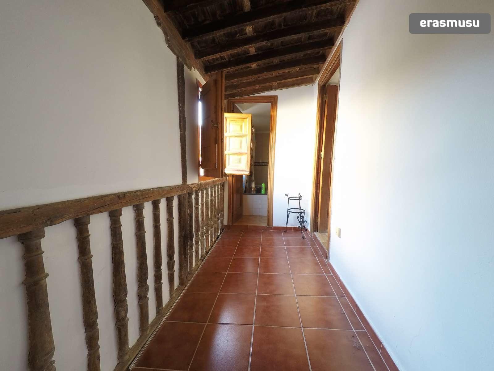 Placeta de Castillas,  18010 Granada
