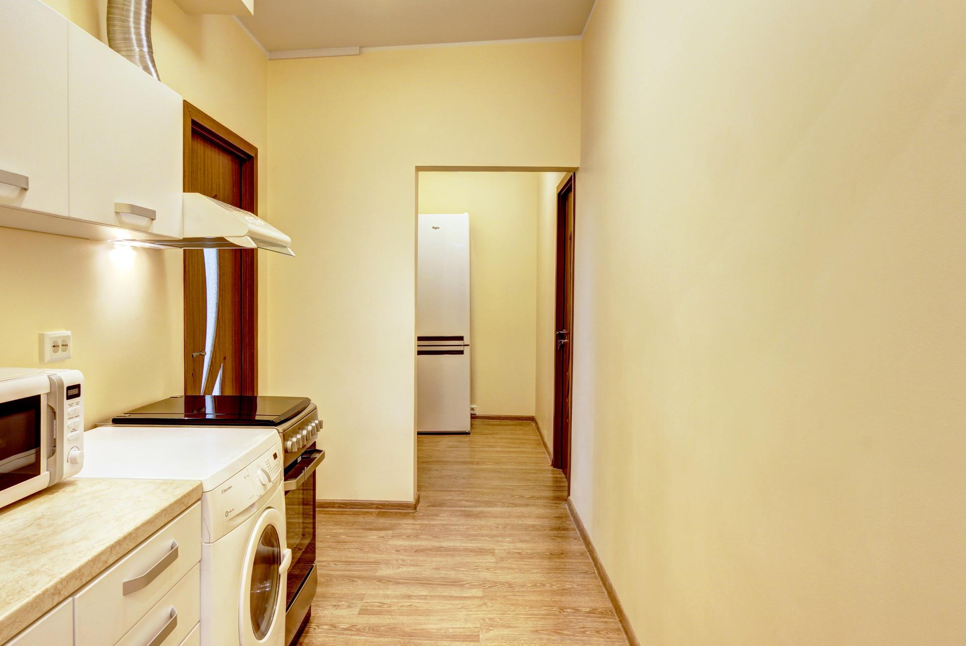 Incredible Spacious Room In 4 Room Apartment Near The Universities Beutiful Home Inspiration Semekurdistantinfo