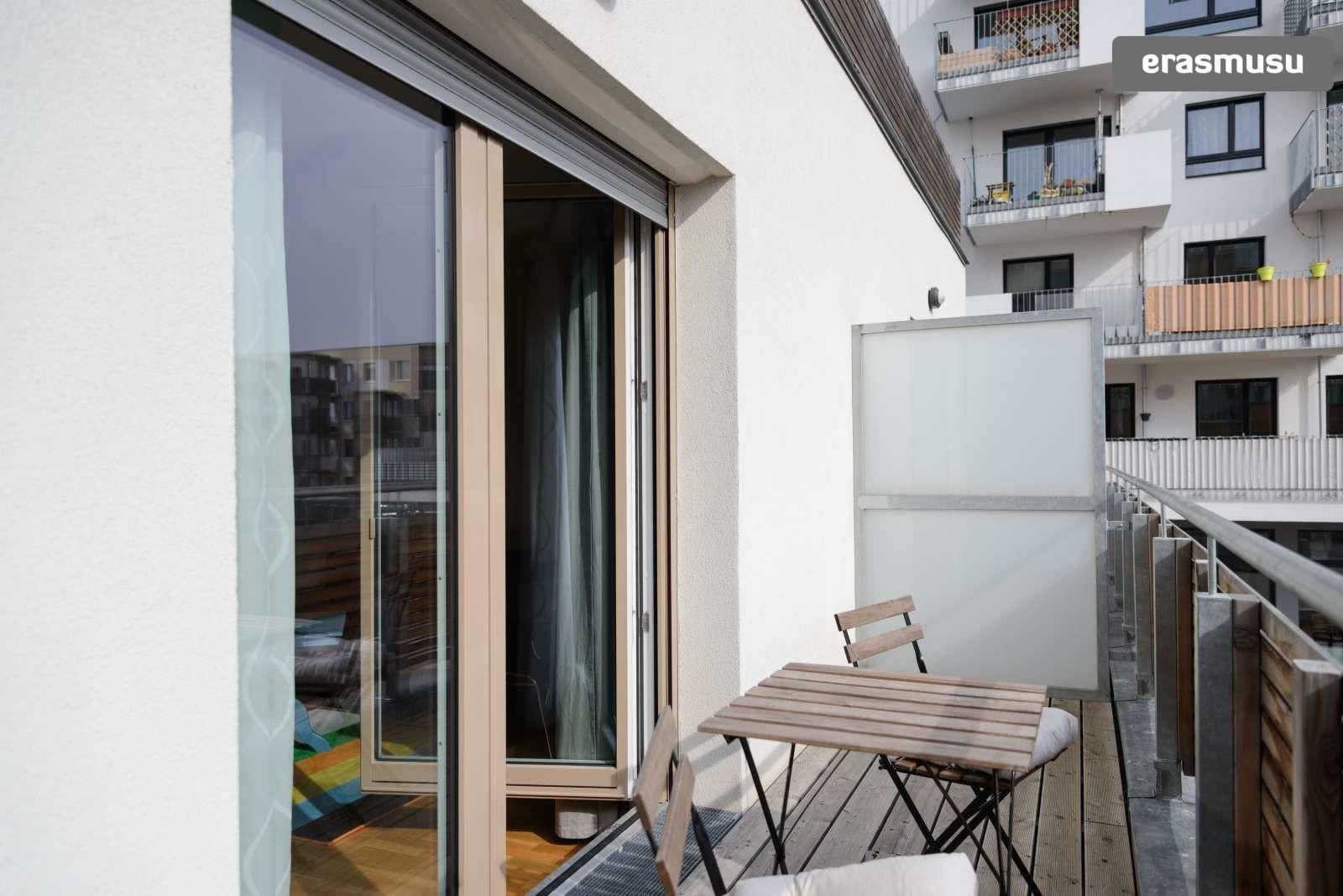 spacious-studio-apartment-rent-aspern-area-donaustadt-3e5a9a975d
