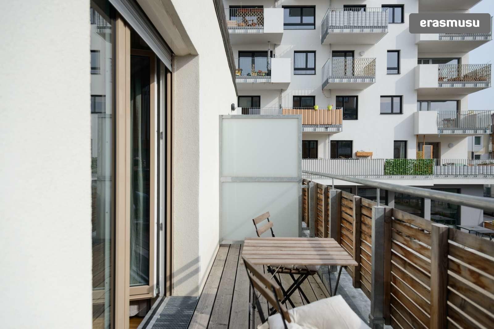 spacious-studio-apartment-rent-aspern-area-donaustadt-8969fd6000