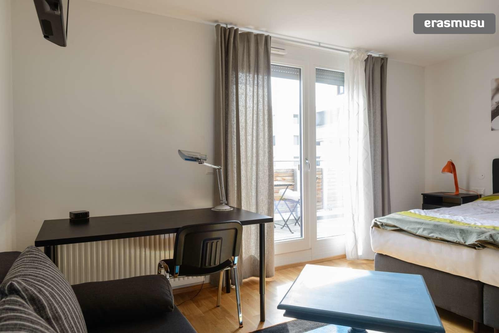 spacious-studio-apartment-rent-aspern-area-donaustadt-c01ed5ecfc