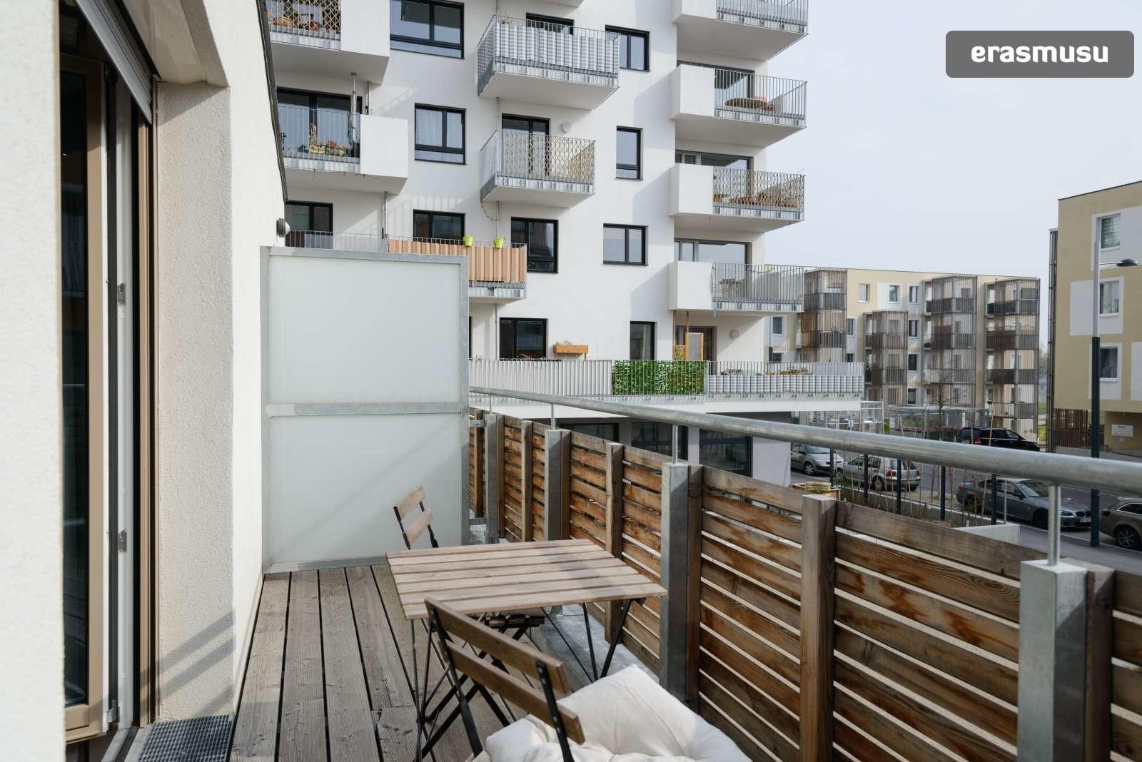 spacious-studio-apartment-rent-aspern-area-donaustadt-ee2d630560