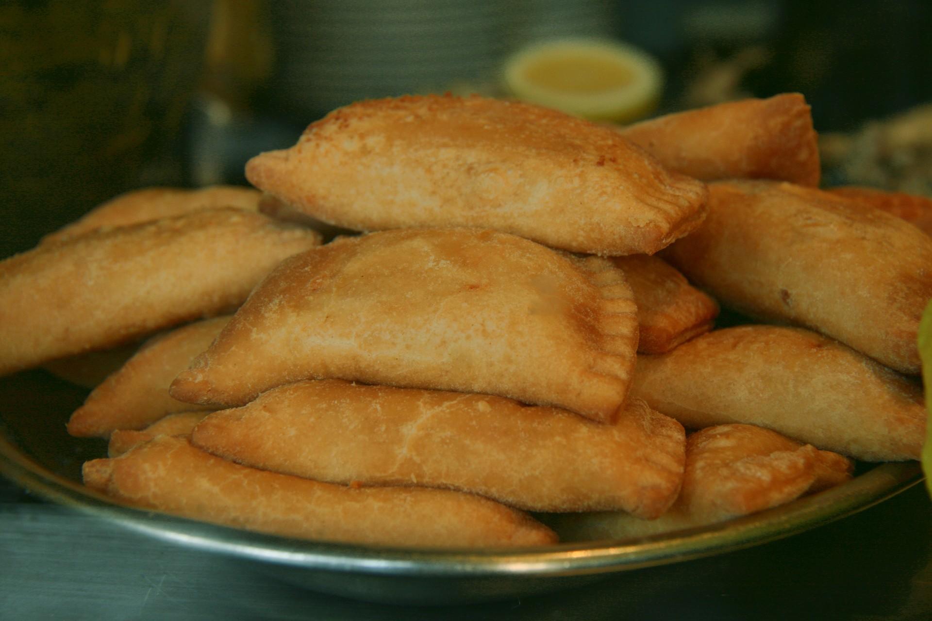 spanish-cuisine-6-empanadas-053eff18d9ad