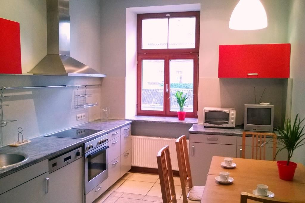 Room in cosy apartment for students in the centre of Riga ...
