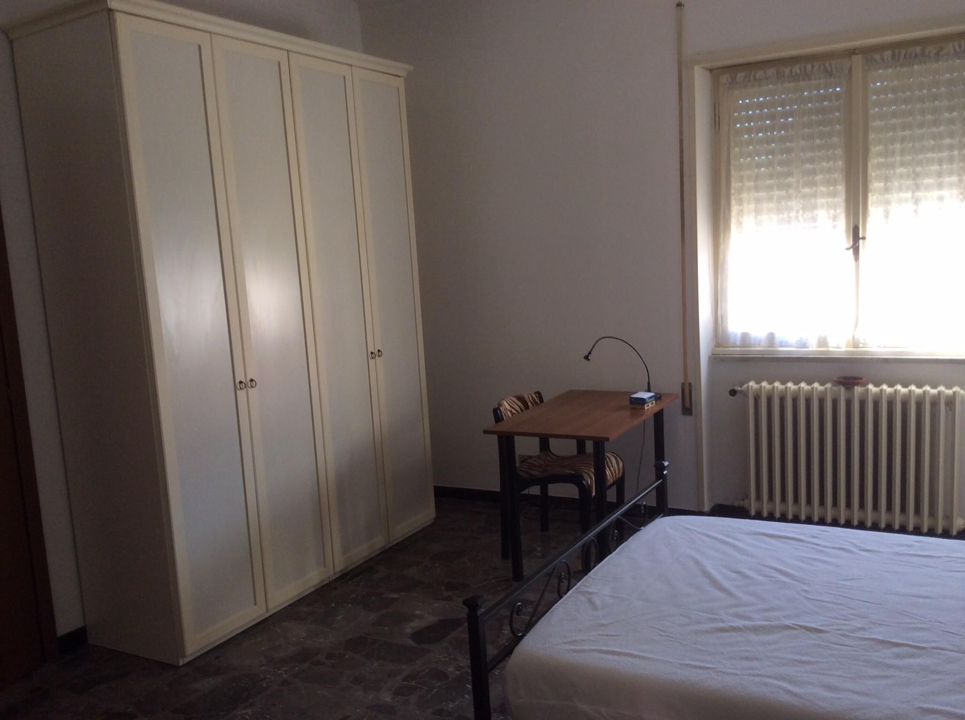 Stanza bella e luminosa con bagno privato a roma stanza - Stanza bagno privato roma ...