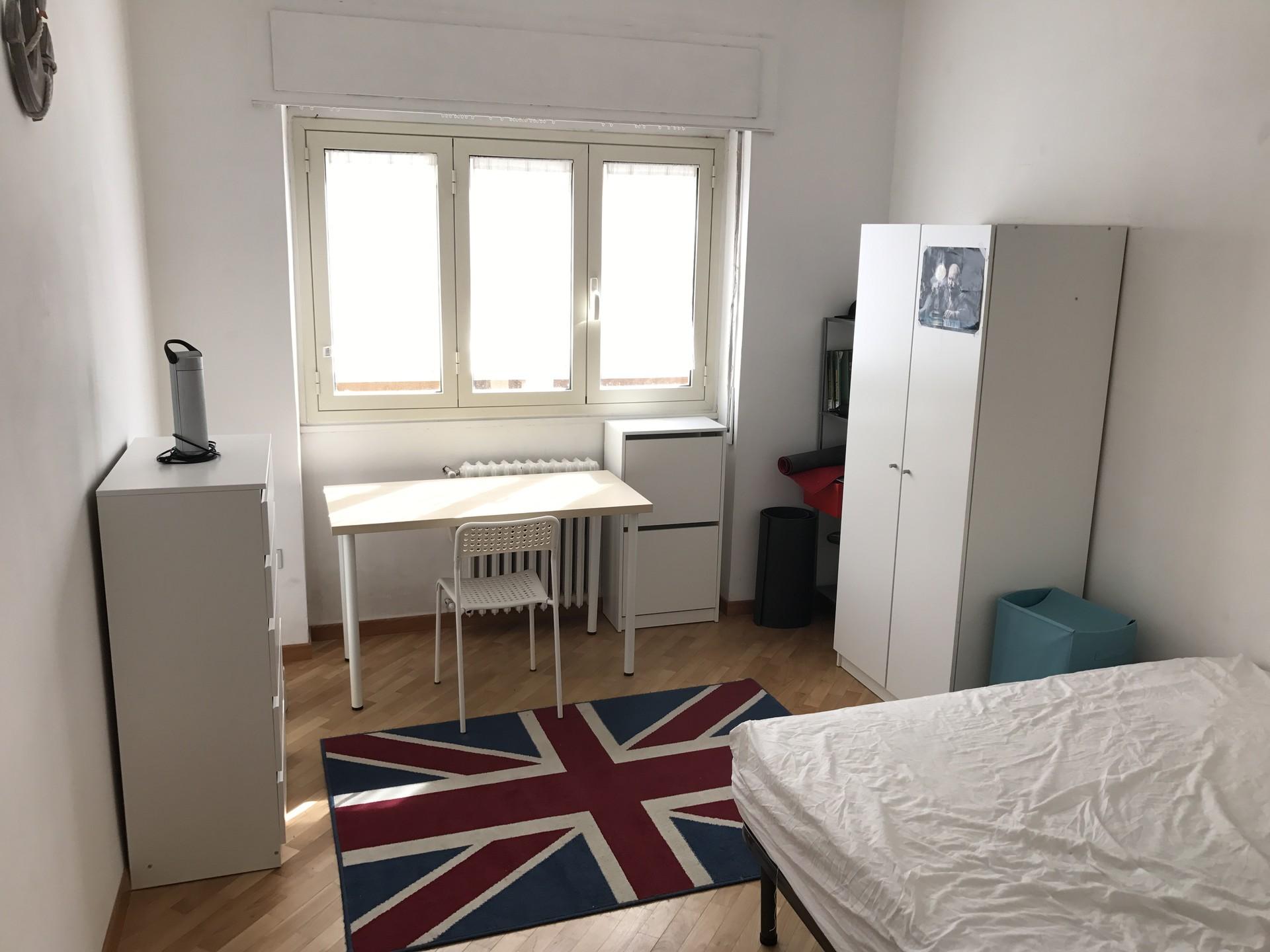stanza-disponibile-in-appartamento-a1352