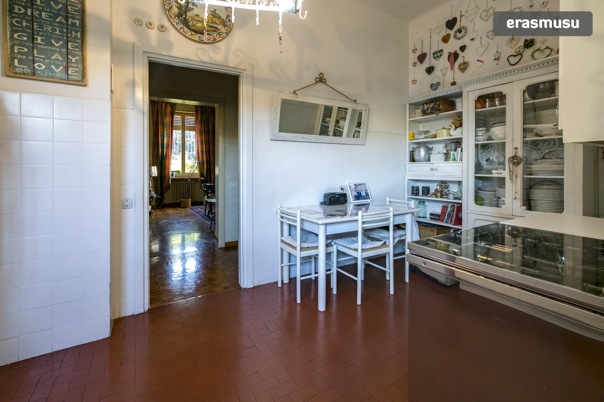 STANZA singola elegantemente arredata zona Roma Nord