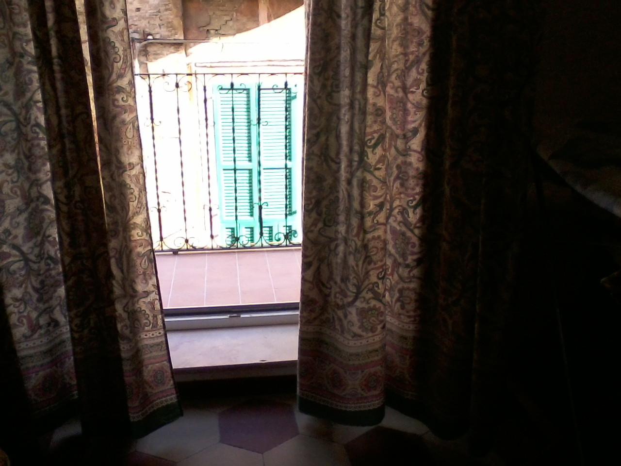 stanza-singola-in-appartamentino-depoca-