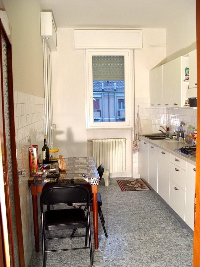 Stanze singole in ampio e luminoso appartamento a Ferrara