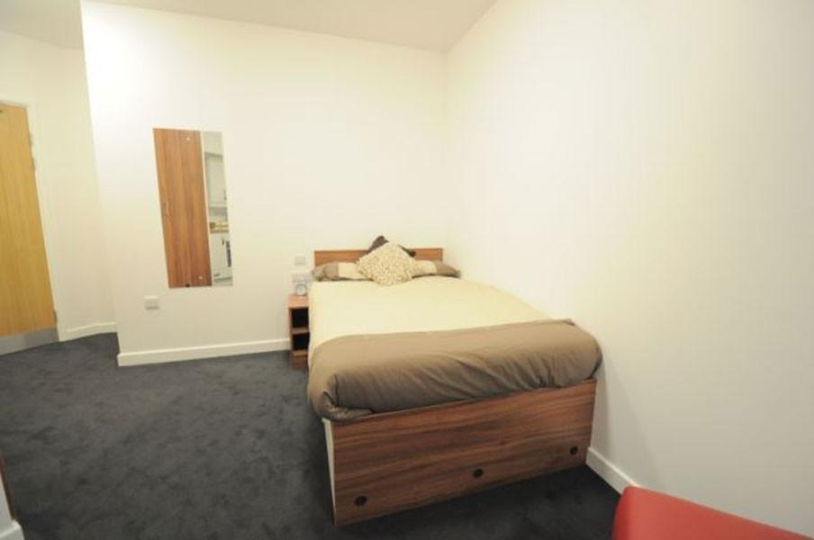 student-accommodation-london-9c75b3eb6ed28be7008c86844a9accd8
