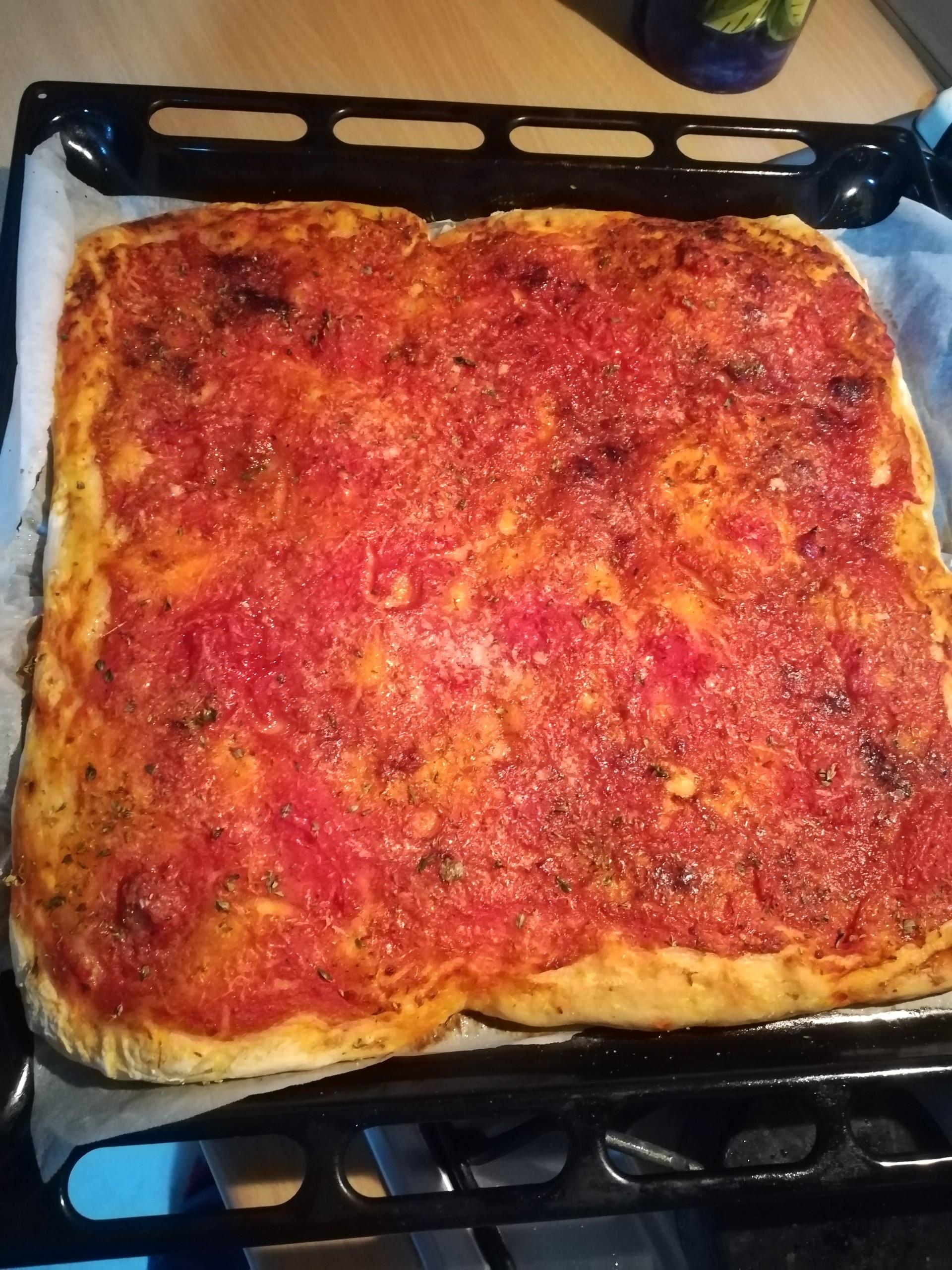 studenti-erasmus-fornelli-pizza-napoleta