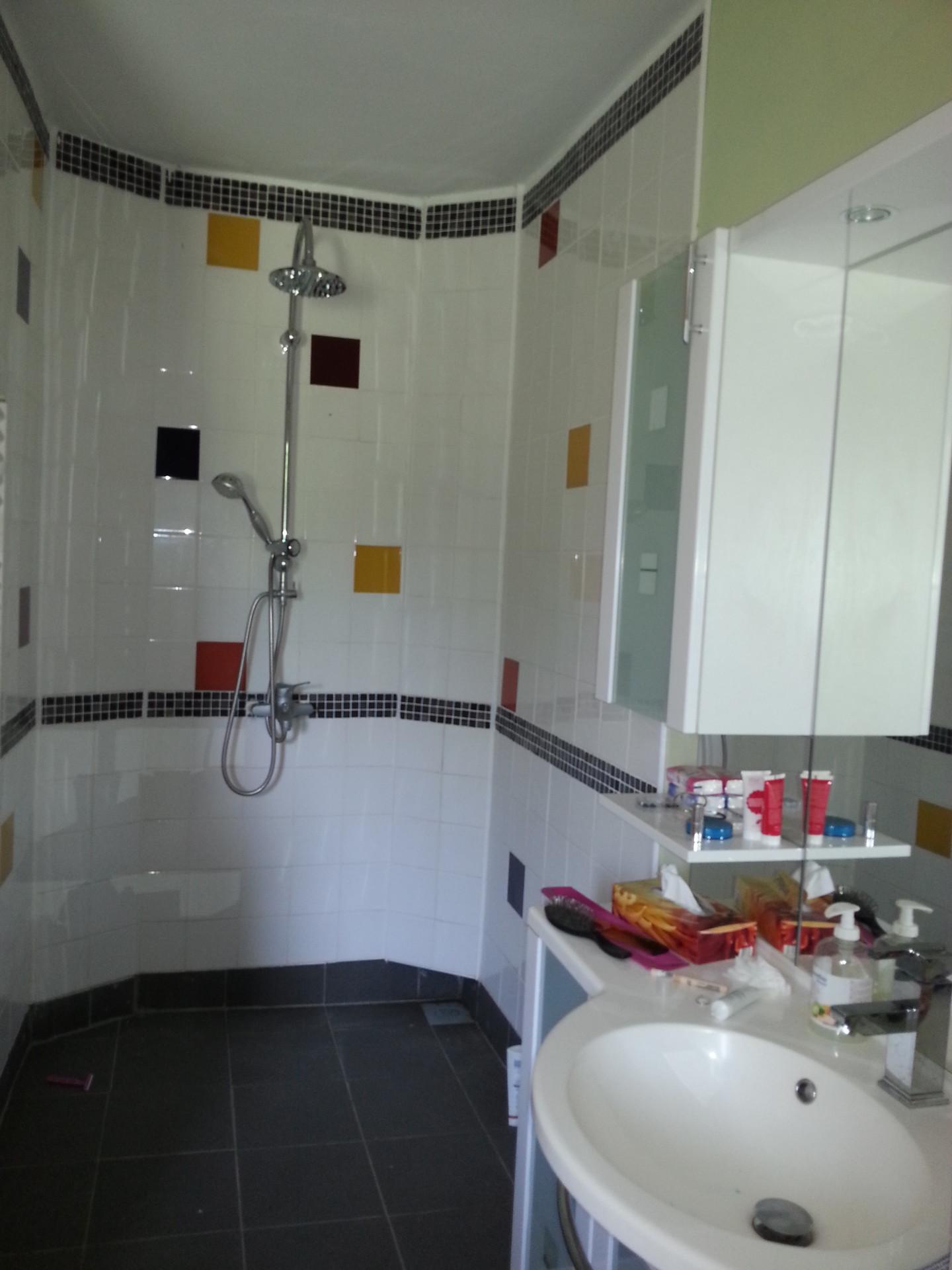 Studio a la campagne vue sur jardin avec salle de bain for Cuisine tout compris
