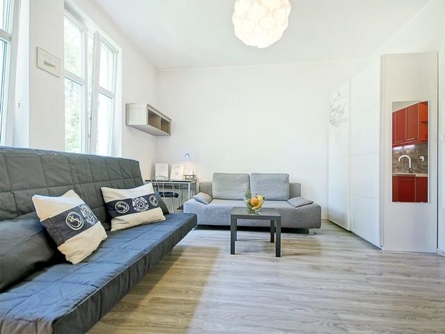 studio-apartment-centre-sopot-5888624d56fbe5c9767a6a65ce9c8368