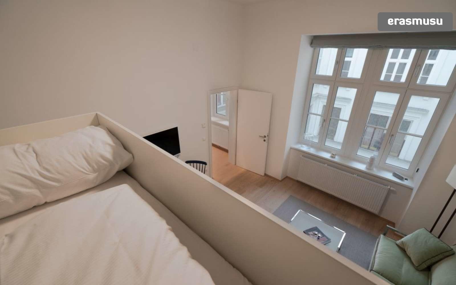studio-apartment-rent-landstrase-320cb7d52f5cf478dea7547342e7d57