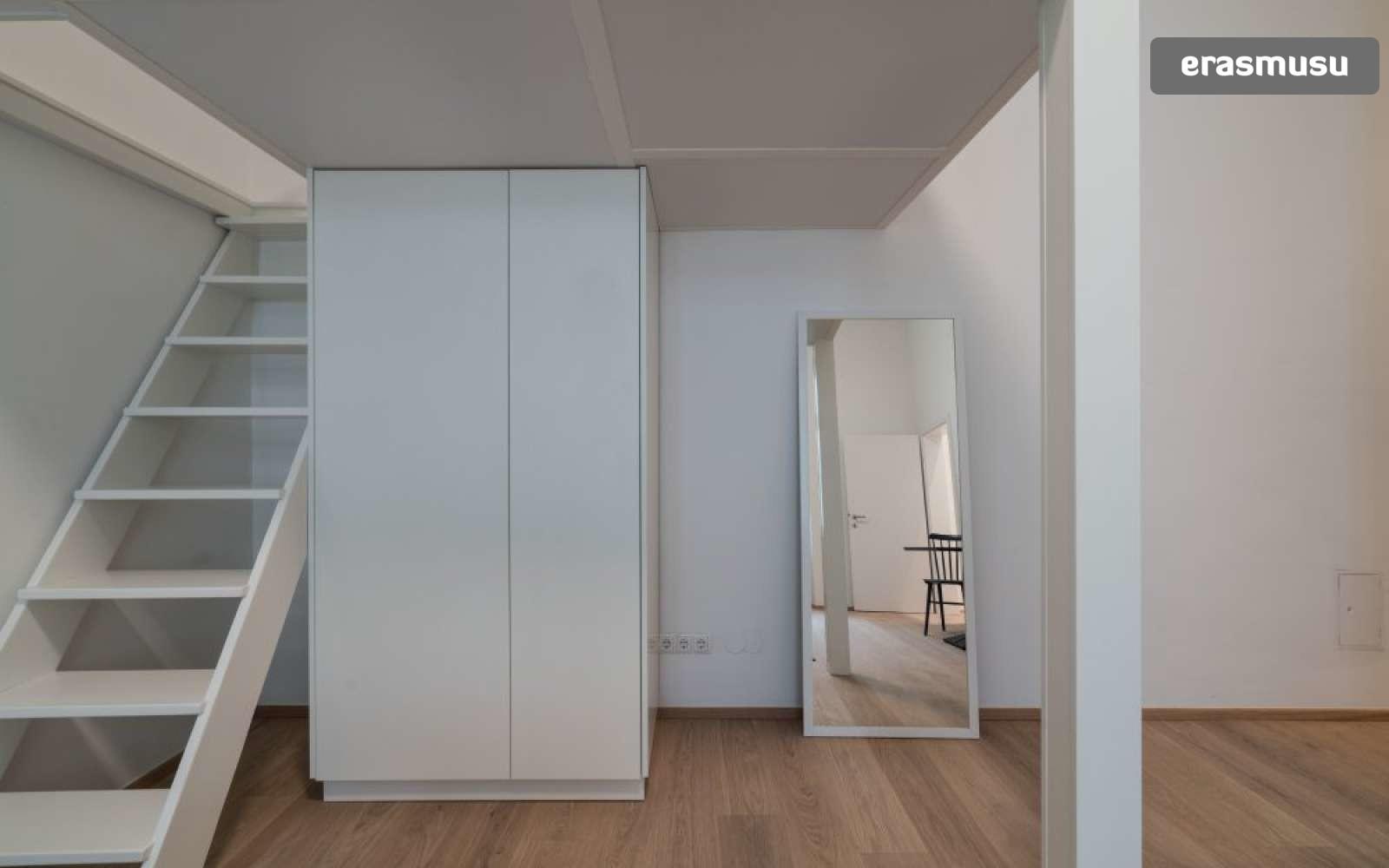 studio-apartment-rent-landstrase-adf394c17dd19e10d696c5b487f41e5