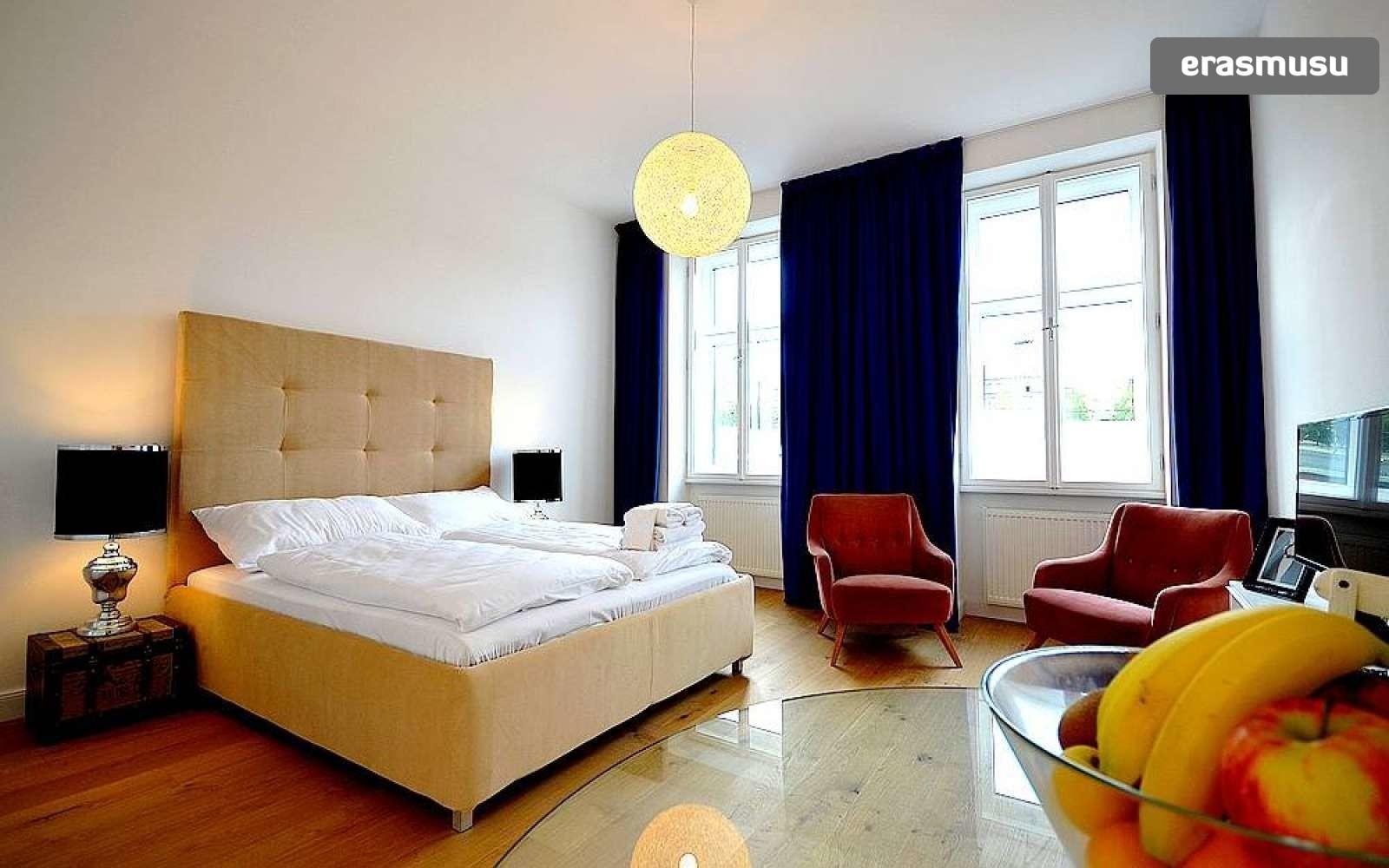 studio-apartment-rent-rudolfsheim-funfhaus-b42c4fe6b98bd02aa24f7