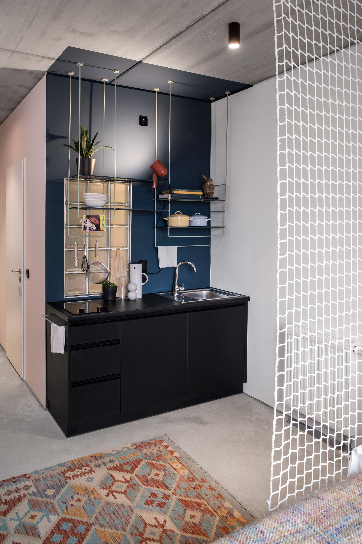 studio-base-kitchenette-45edab51f150527b