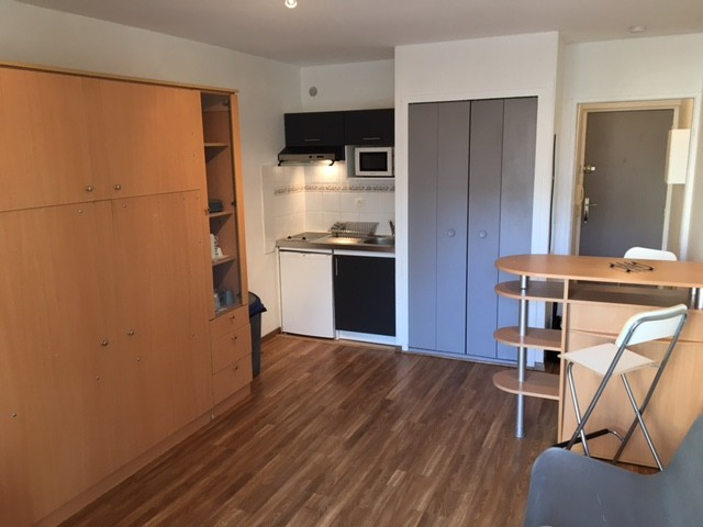 studio-confortable-residence-prive-proch