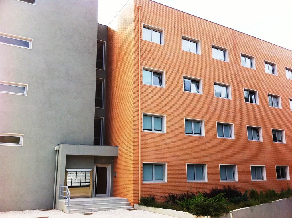 studio-flat-rent-b44fbe61d710e845cc69873c8673e015