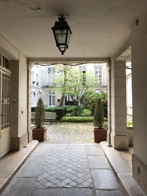 Studio meubl 25m et mezzanine 6m pour 1 personne ou 1 couple location studios paris - Recherche studio meuble paris ...