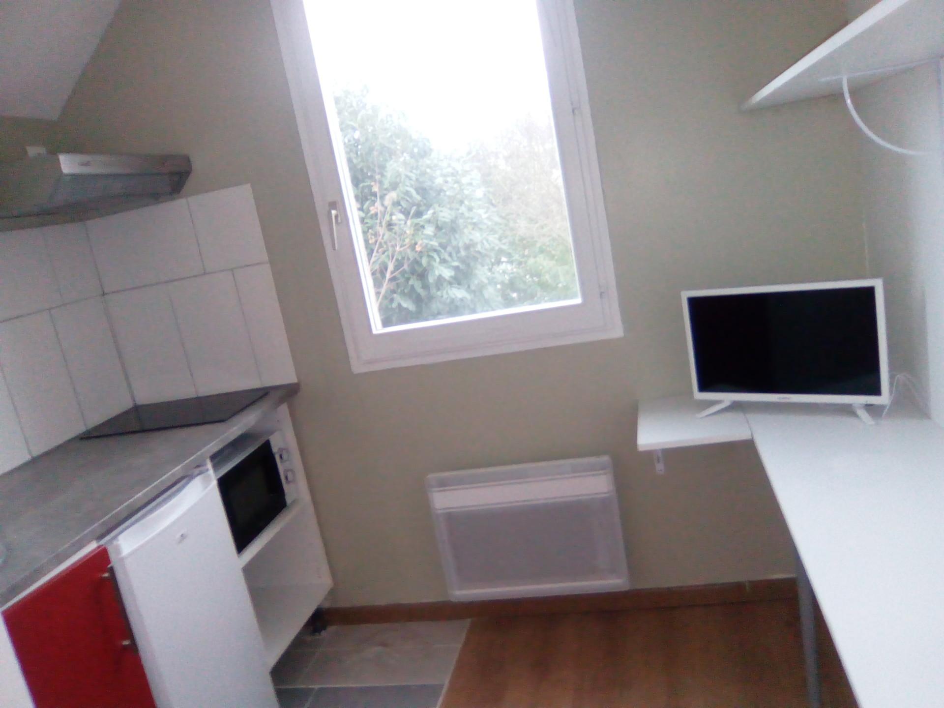 studio-meuble-etudiant-a-cergy-a16887101e9317e84f73a4799668297a