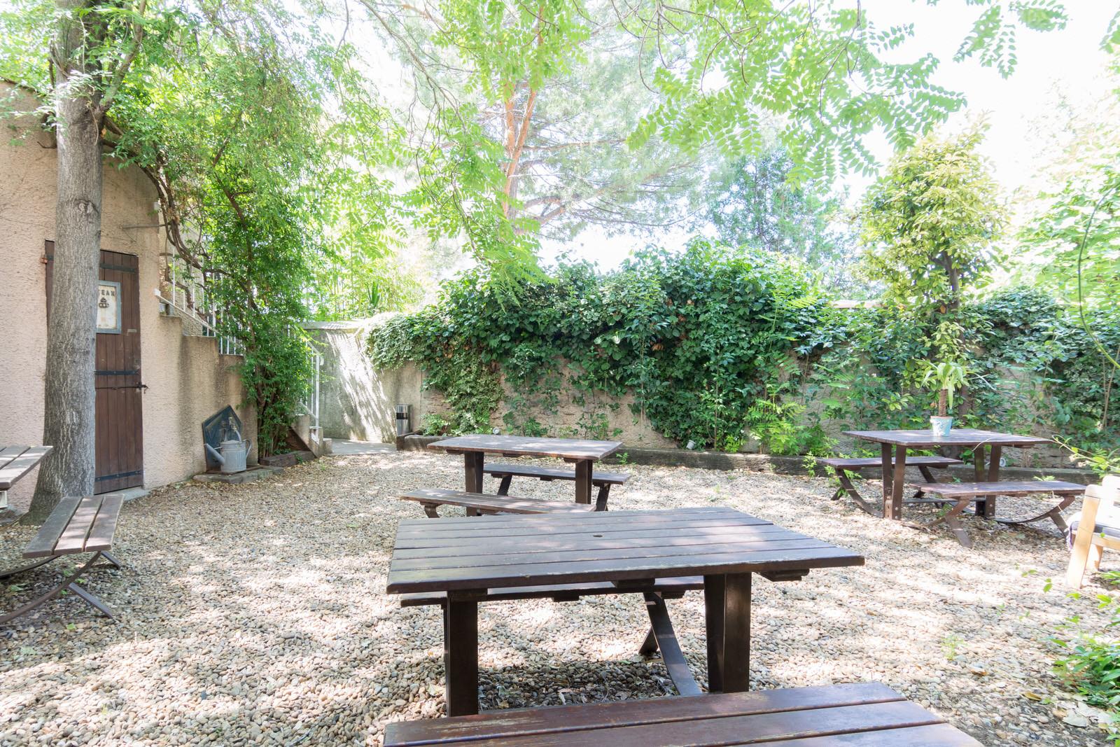 Studios meublé dans résidence étudiante avec jardin
