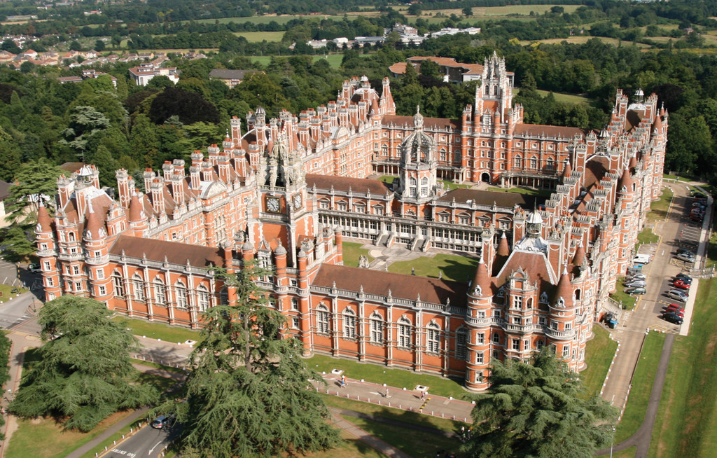 study-royal-holloway-university-london-0