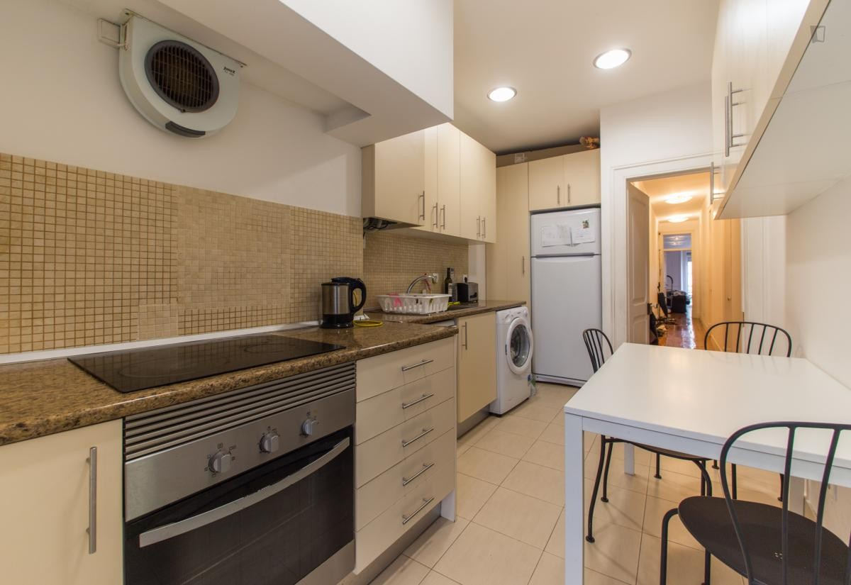 Stunning 24m2 Room in Central Lisbon Apartment | Room for ...