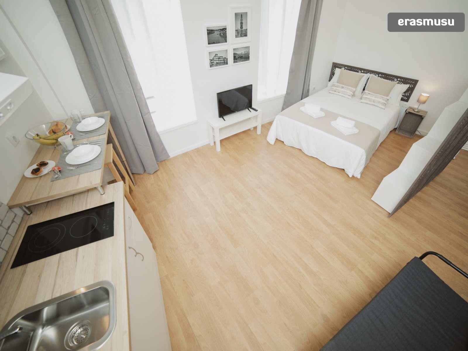 stunning-studio-apartment-rent-santo-ildefonso-a9b2e17e254895e04
