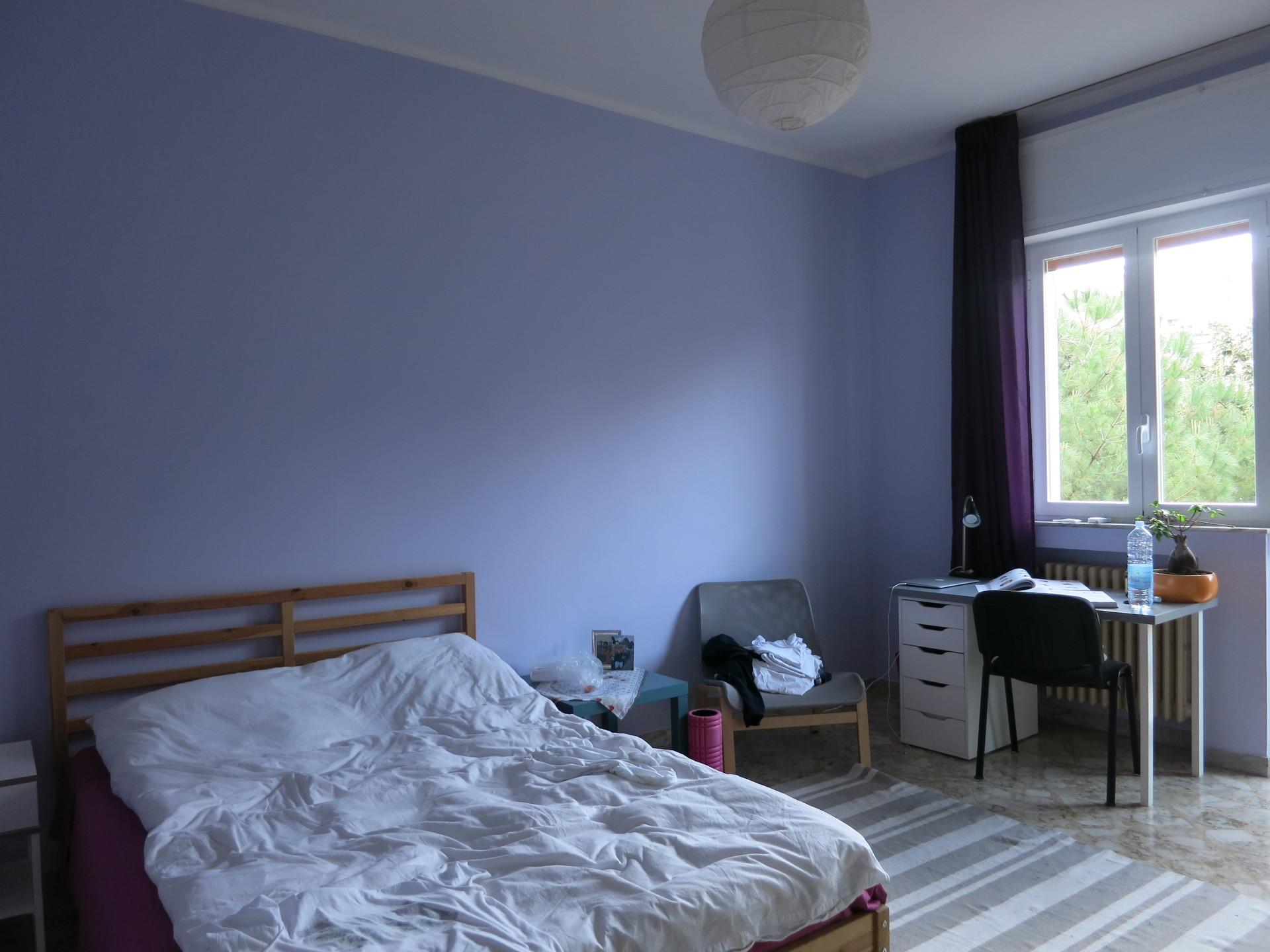 Stupenda camera nei pressi del policl nico per studentessa for Stanze in affitto bari