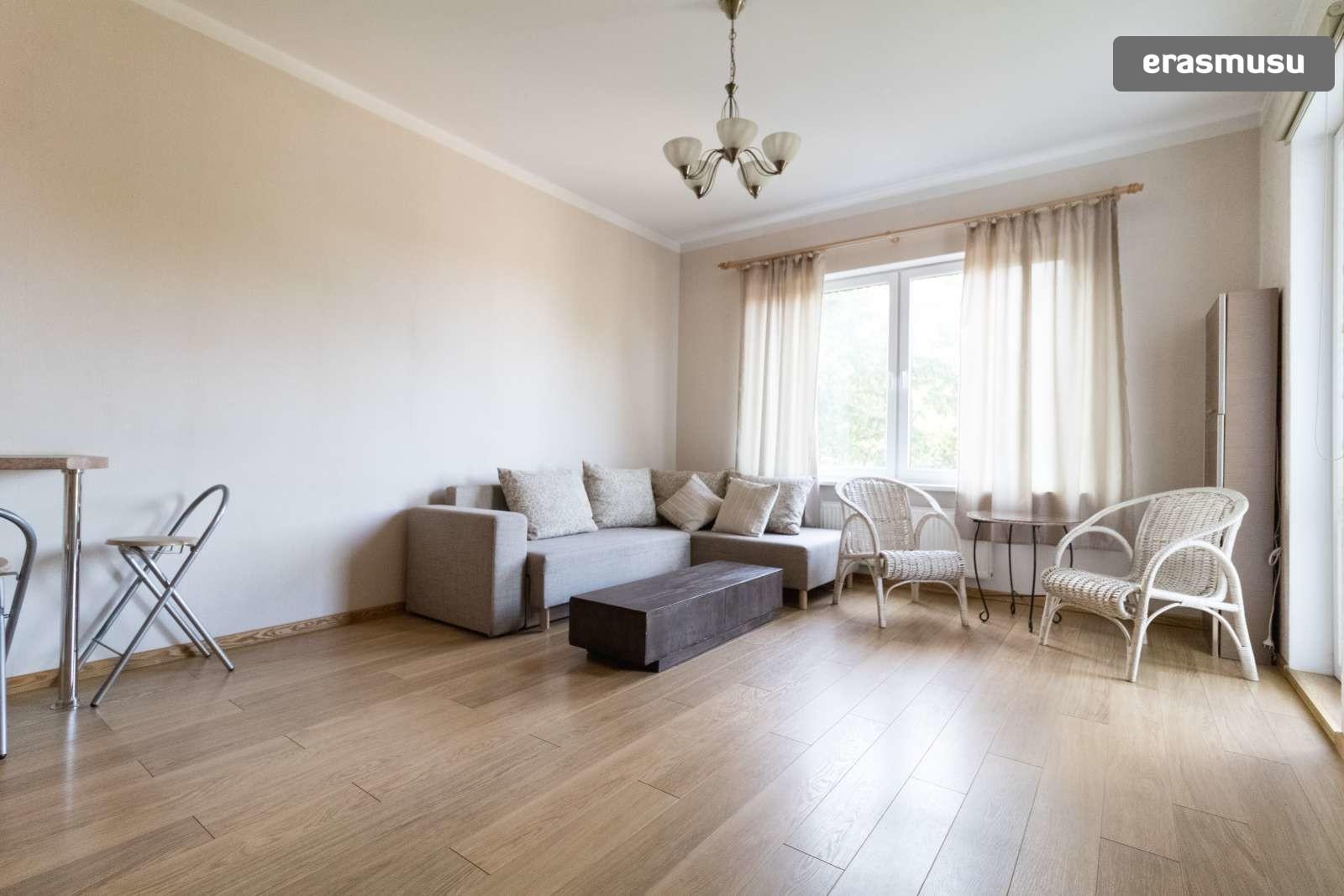 stylish-1-bedroom-apartment-balcony-rent-zasulauks-1ee7914e068b3