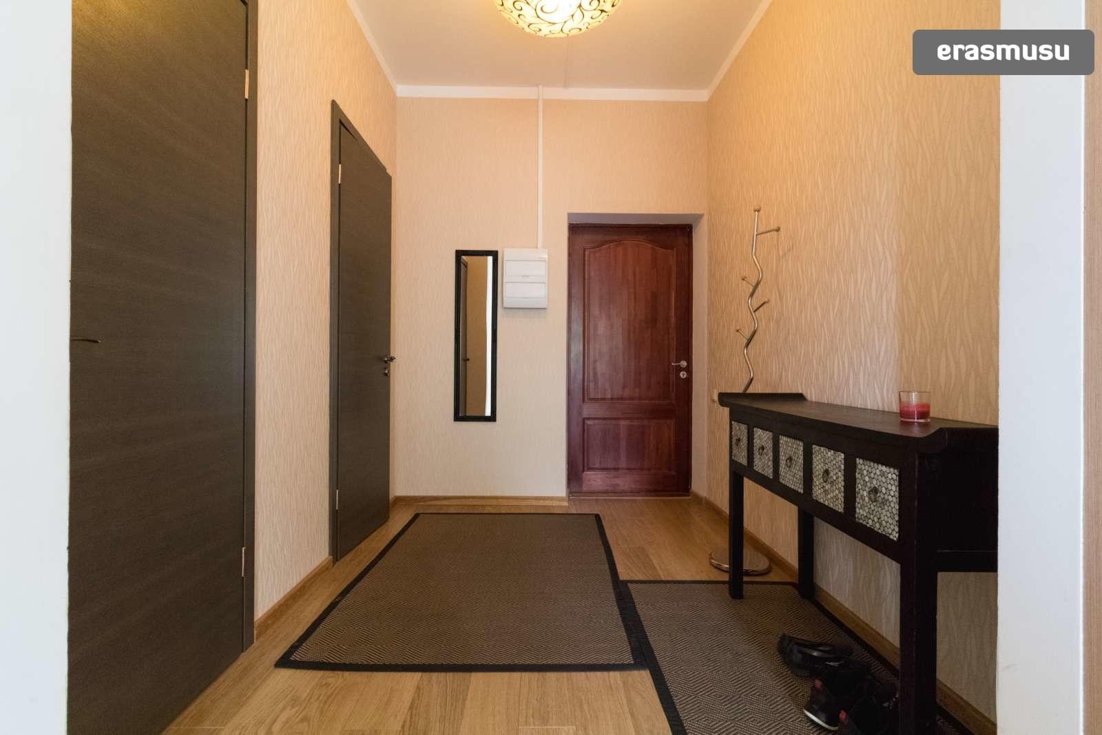 stylish-1-bedroom-apartment-balcony-rent-zasulauks-fe2e4c7445c35