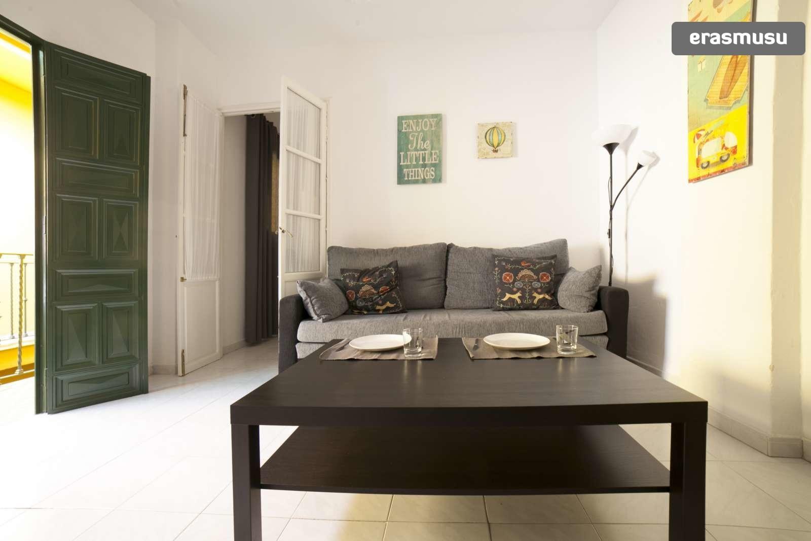 Calle Adelantado,  41009 Sevilla