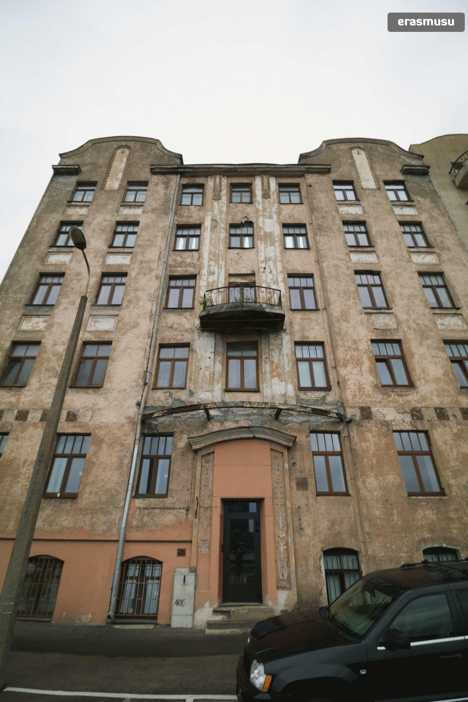 stylish-2-bedroom-apartment-rent-maskavas-forstate-397d8c08e583b