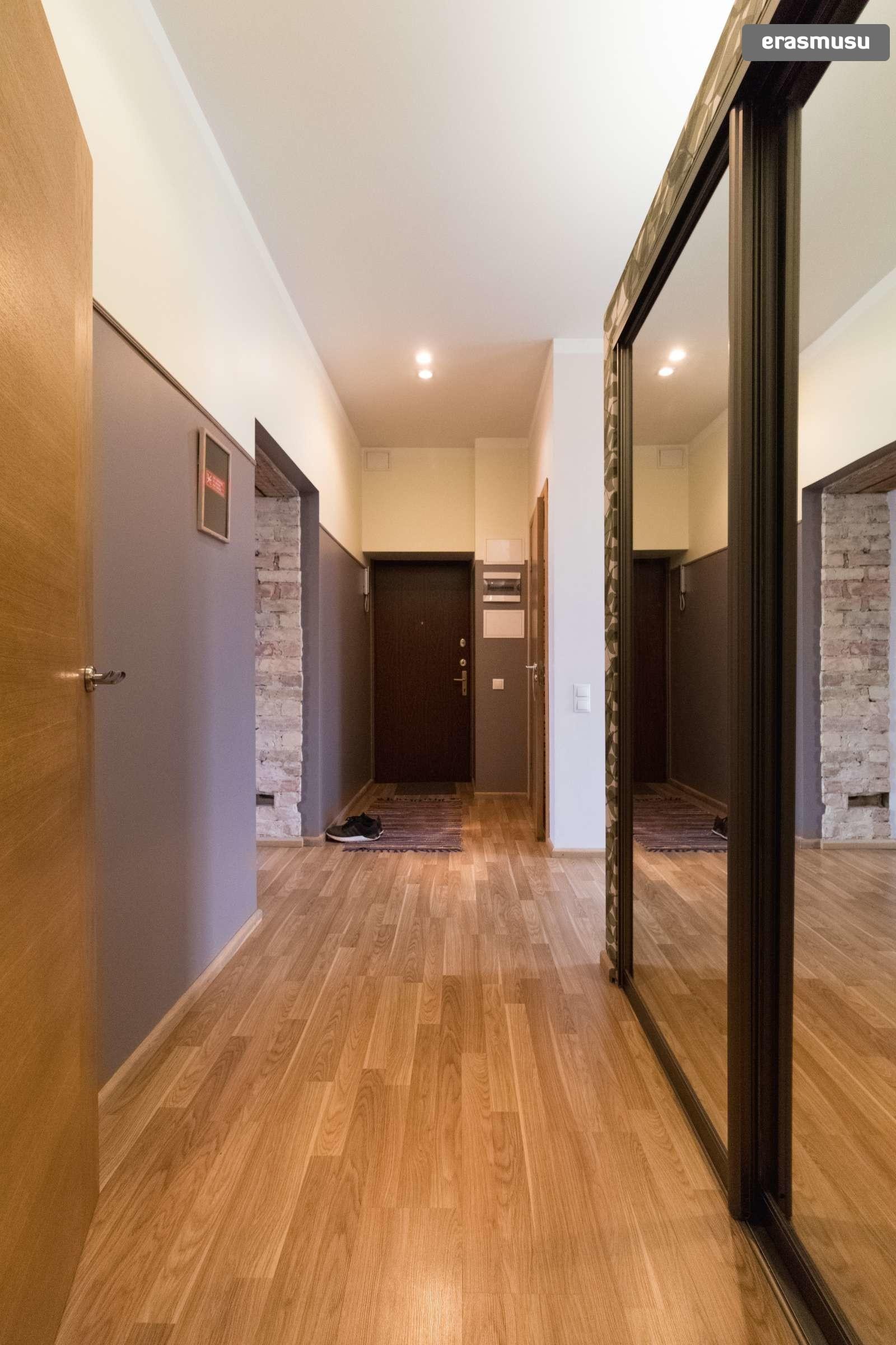 stylish-2-bedroom-apartment-rent-maskavas-forstate-8678998beba12