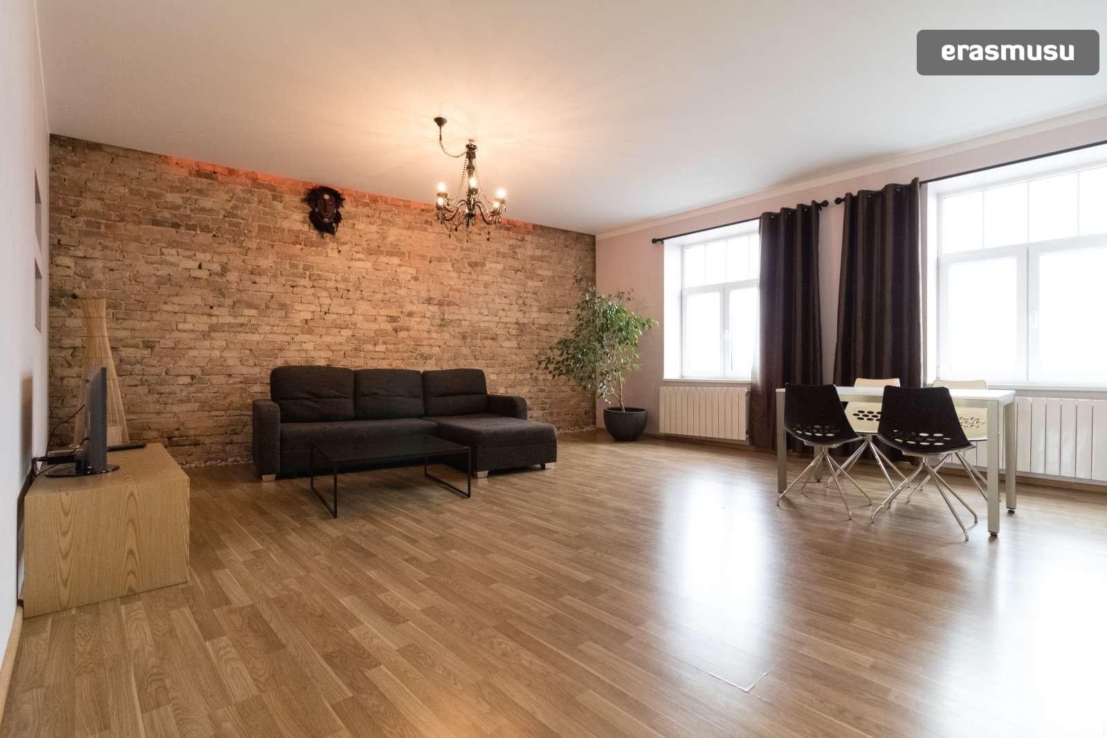 stylish-2-bedroom-apartment-rent-maskavas-forstate-bae79089a065f